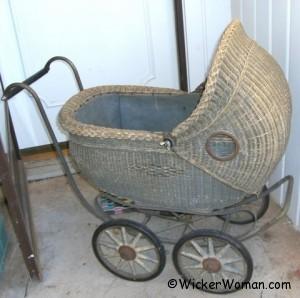 1920 wicker buggy