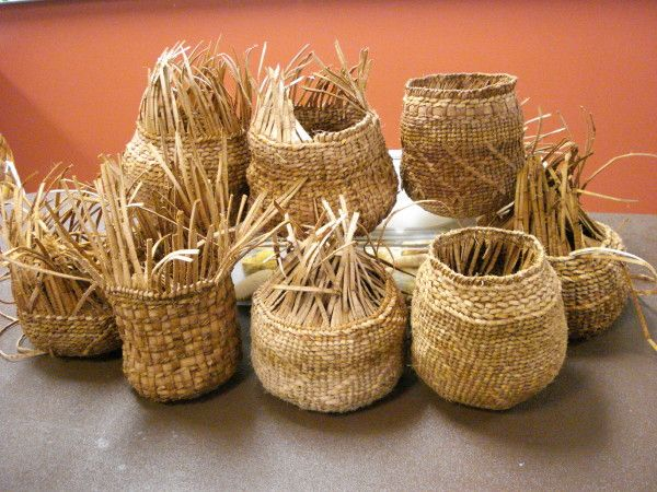 Black willow student class baskets