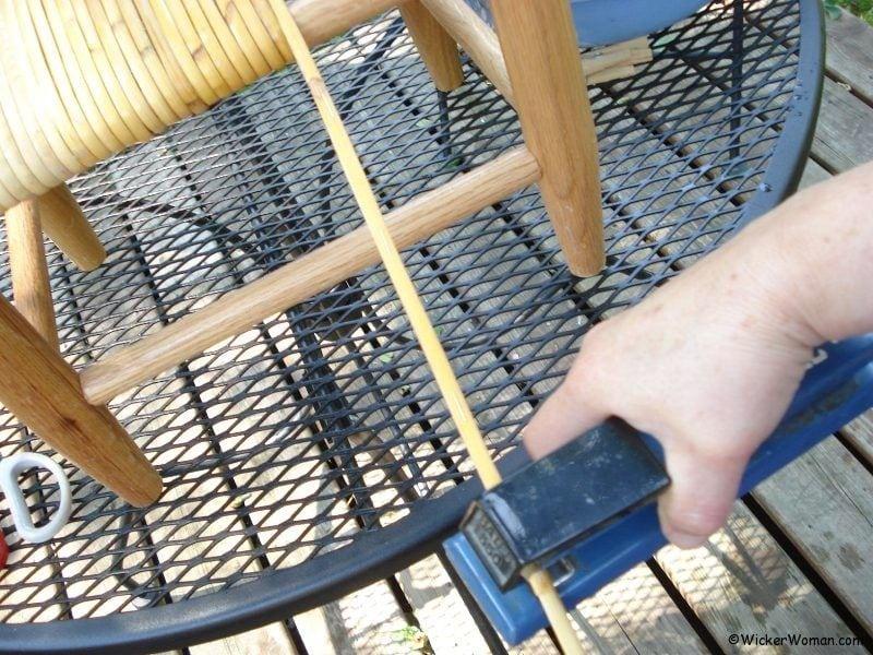 wide-binding-cane-staple