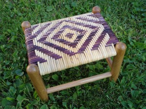 Over-the-rail or wide binding cane footstool