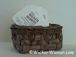 Lacy Business Card Basket