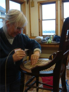 round seat chair caning class