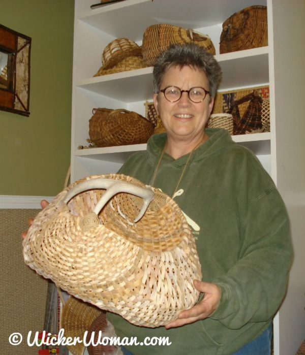 Peters-birch-bark-antler-basket