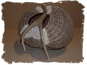 All Closed Up Antler Basket