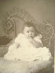 1880s Wicker Posing Chair