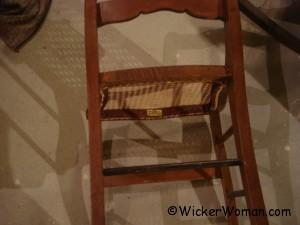biz-label-cane-chair