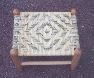 6MM diamond dyed cane stool