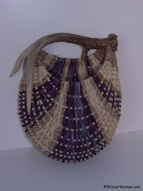 Peters antler basket wall pocket