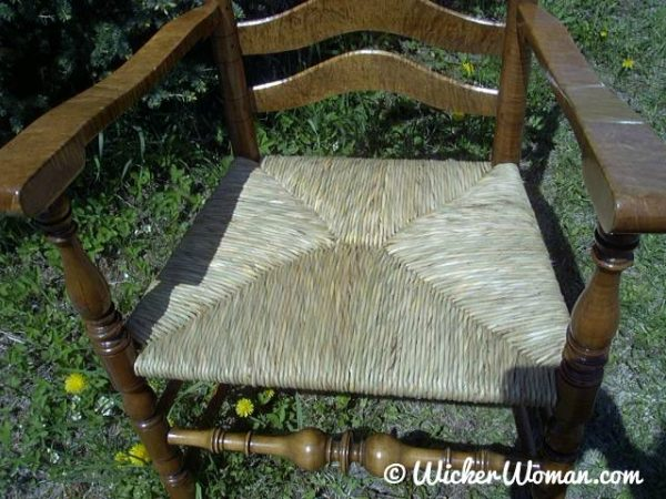 Learn how to weave a hand-twisted rush seat at John C. Campbell Folk School in 2008