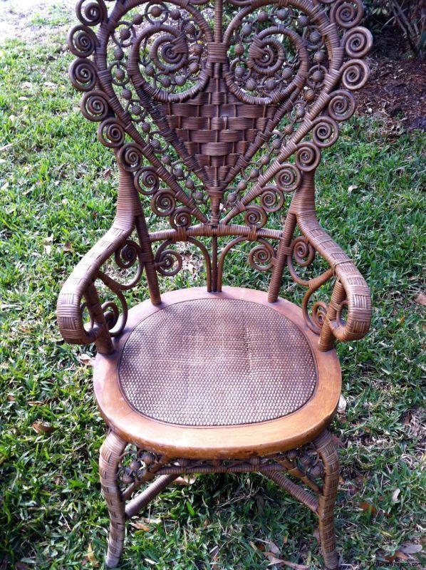 heart-shape-victorian-wicker-lady-chair