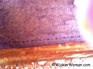 heart-wicker-label-settee-2