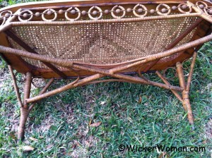 Victorian-heart-wicker-settee-bottom