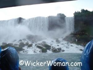 niagara falls queen mist ride
