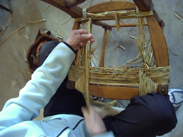 Hand-twisted Bulrush Seatweaving Class in 2008!