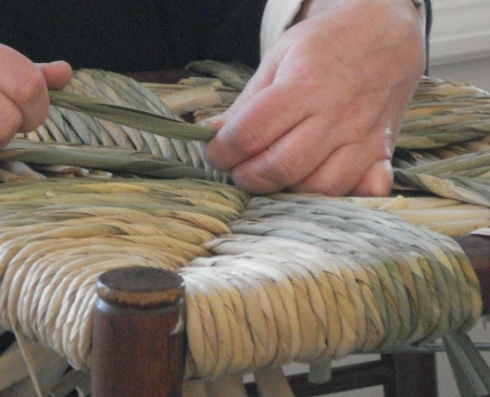 Basket Weaving Process : How to process cattail leaves for weaving