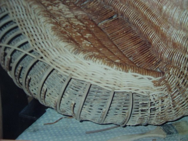 Serpentine wicker arm repair